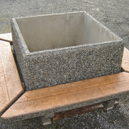 Rectangular Planter With Straight Sides Exposed