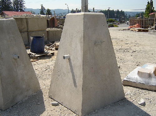 Precast Concrete Pole : Light pole bases mackay precast products